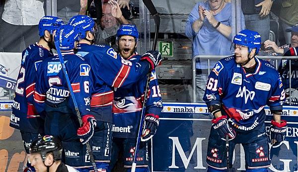 Eishockey - DEL-Finals: Adler Mannheim holen bei Red Bull München Heimvorteil zurück