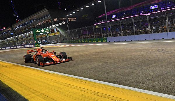 Formel 1 - Singapur-GP: Sebastian Vettel triumphiert im Nachtrennen vor Charles Leclerc und Max Verstappen