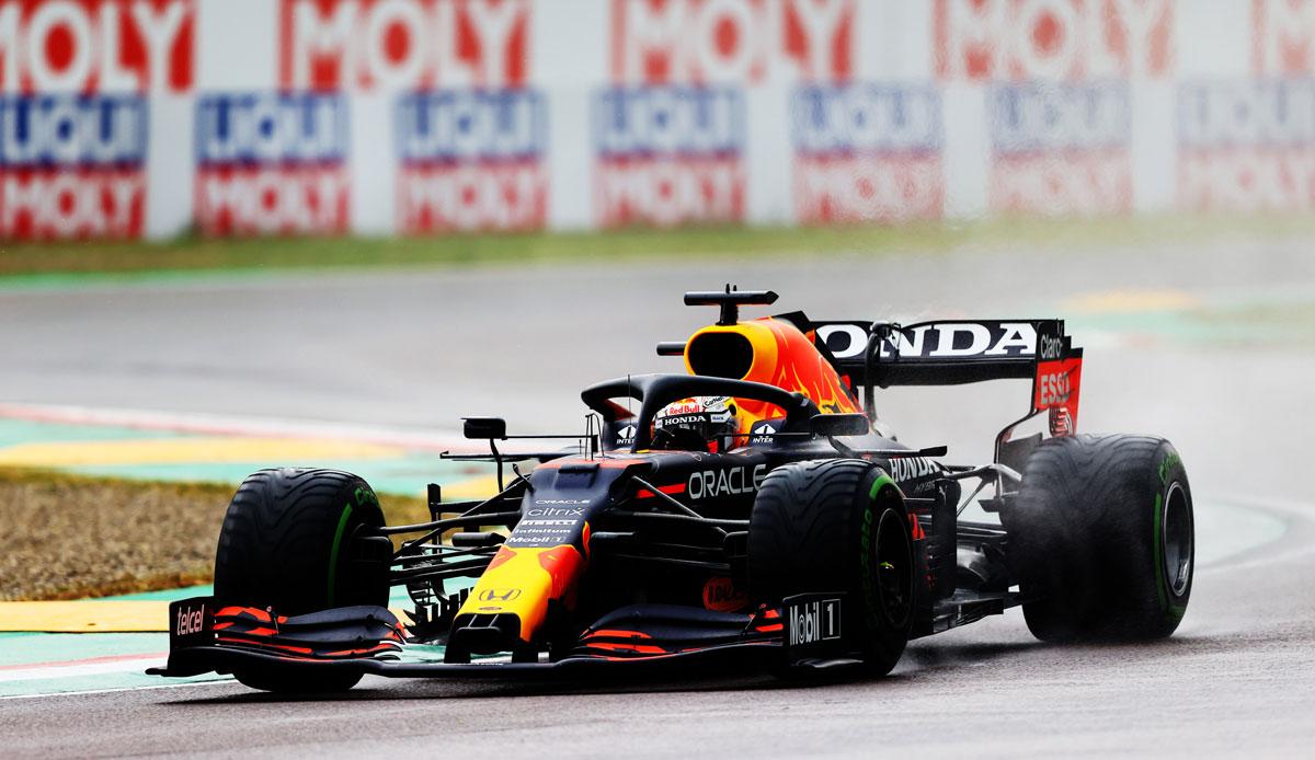 Formel-1-Verstappen-siegt-im-Regen-von-Imola-Hamilton-verhindert-Mercedes-Debakel