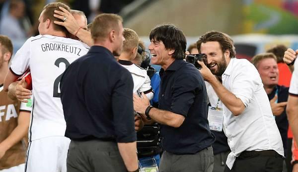 Après le titre de Coupe du monde 2014 de l'équipe DFB, Paul Ripke s'est tenu sur l'herbe à Rio.