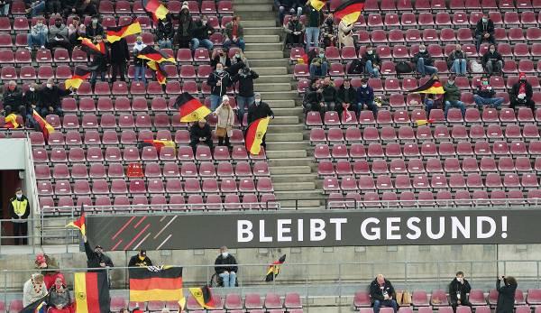 Public lors du match amical entre l'Allemagne et la Turquie à Cologne début octobre.