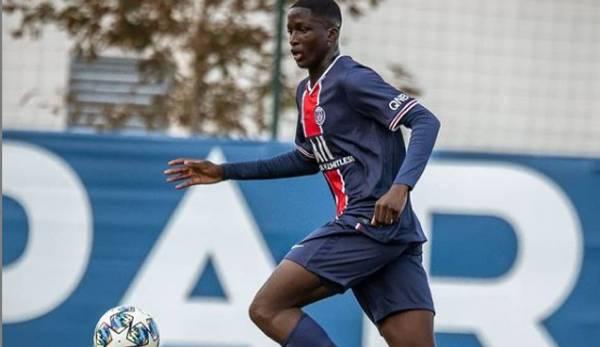 Soumaila Coulibaly im Trikot der U19 von Paris Saint-Germain.