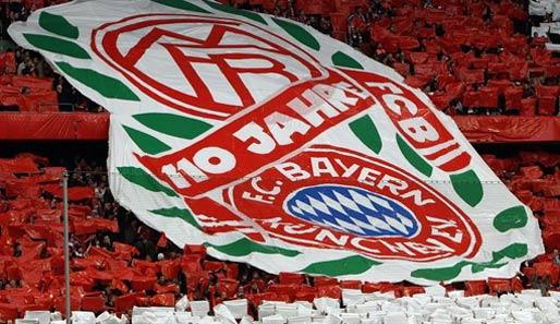 [2009/2010] Bundesliga - Page 2 Fc-bayern-muenchen-110-jahre-jubilaeum-514