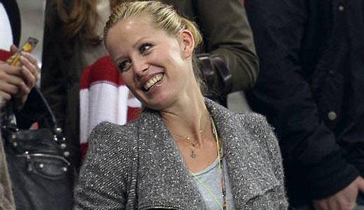 Die neue Freundin von Mario Gomez heißt Carina Wanzung und arbeitet ...