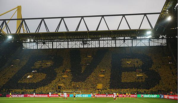 Unternehmen: Borussia Dortmund wirbt mit Opel auf den Trikotärmeln