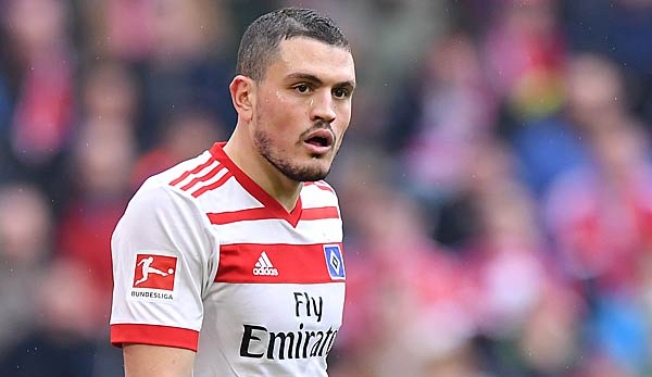 Papadopoulos attackiert HSV-Trainer Titz.