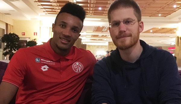 SPOX-Redakteur Jochen Tittmar sprach mit Jean-Philippe Gbamin im Mainzer Trainingslager in Spanien.