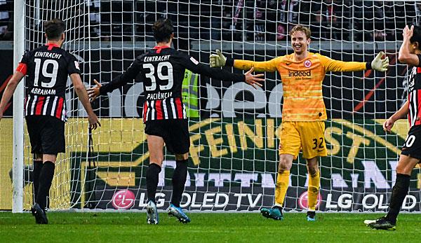 Eintracht Frankfurts Torhüter Frederik Rönnow stellt neuen Saisonrekord auf