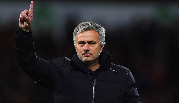 BVB, News und Gerüchte: Mourinho angeblich als Favre-Nachfolger im Gespräch - Zorc reagiert