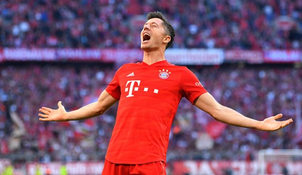 Bayern striker Robert Lewandowski is currently the top scorer with 16 goals in 14 games.