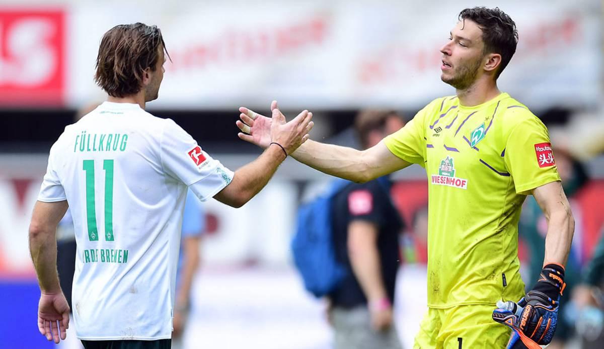 Pavlenka, Füllkrug et Werder font face à la descente.