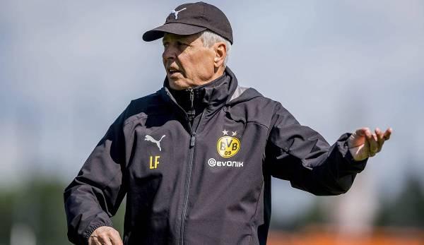 Lucien Favre, 62 ans, en est à sa troisième saison au Borussia Dortmund.