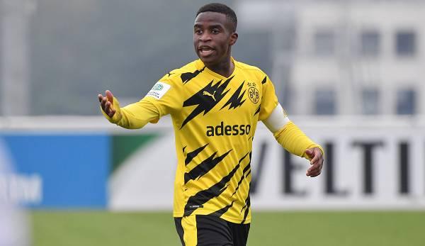 Youssoufa Moukoko pourrait faire ses débuts en Bundesliga contre le Hertha BSC.
