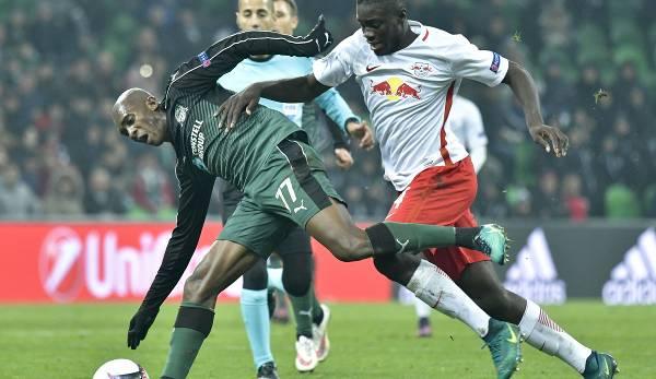 Der damals 18-jährige Dayot Upamecano im November 2016 bei einem Europa-League-Spiel mit RB Salzburg gegen den FK Krasnodar.