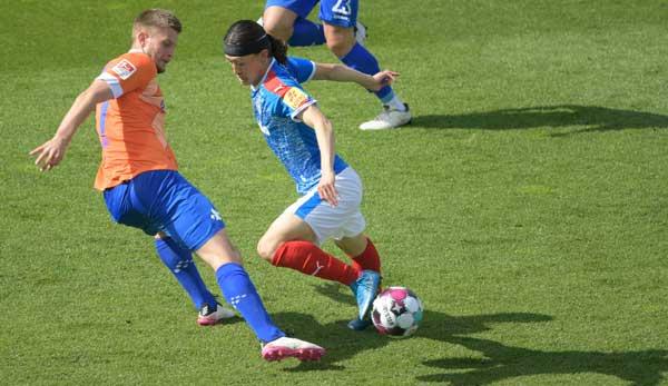 Holstein Kiel gab im Saisonfinale mit der 2:3-Niederlage gegen den SV Darmstadt 98 das garantierte Bundesliga-Ticket aus der Hand.