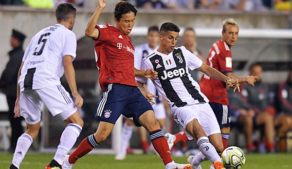 Jeong Woo-Yeong spielt im Angriff des FC Bayern.