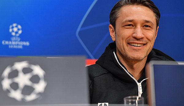 FC Bayern München in Amsterdam: Salihamidzic widerspricht Niko Kovac