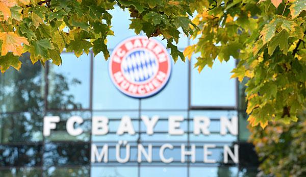 FC Bayern München kehrt wohl am Montag auf den Trainingsplatz zurück