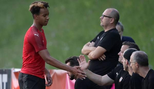 Emilian Metu im Sommer 2019 bei einem Länderspiel der österreichischen U16-Nationalmannschaft.