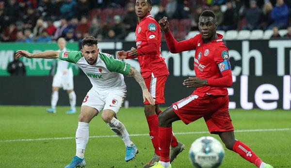 FC Augsburg - Mainz 05 2:1: Erste Pleite für Beierlorzer