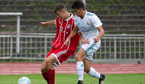 UEFA Youth League: Bayern München unterliegt Real Madrid.