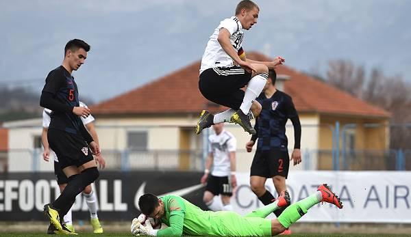 9e5d804abdefc Kotarski ist Stammtorhüter sowohl bei Jong Ajax als auch in Kroatiens U19.