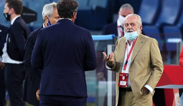 Aurelio de Laurentiis accuse l'UEFA d'ignorer la situation actuelle.