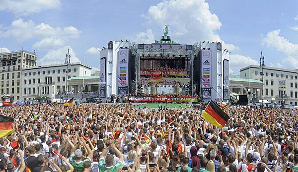Fanmeile Berlin Live