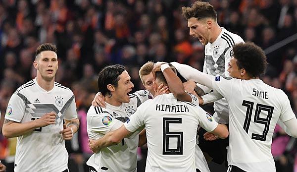 Deutschland Dfb Team Gegen Niederlande In Der Em