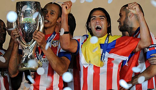 Atletico Madrid ist Titelverteidiger in der Europa League: Miranda (l.)