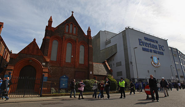 "Die Goodison Road in Liverpool: ""Home of the Blues"" - Heimat des Everton FC"