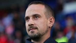 Frauenfußball: Rassismusvorwürfe: Englands Ex-Trainer machte