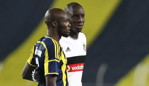 Moussa Sow (à gauche) et Demba Ba ont tous deux joué en Turquie.