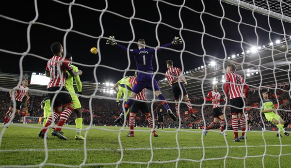 Not in my house! Saints-Keeper Forster hielt seinen Kasten gegen Liverpool sauber