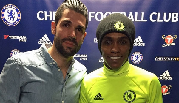 SPOX-Redakteur Daniel Herzog traf Willian am Trainingsgelände des FC Chelsea in Cobham