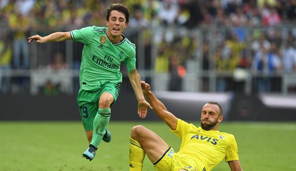 Bericht: Manchester United beobachtet Kosovo-Stürmer Vedat Muriqi