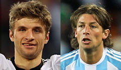 Thomas Müller (20) vs. Gabriel Heinze (32)