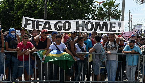 http://www.spox.com/de/sport/fussball/wm/wm2010/1311/Bilder/proteste-brasilien-confed-cup-600.jpg