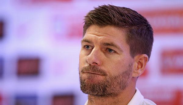 <b>Steven Gerrard</b> unterlief der entscheidende Fehler gegen Uruguay - steven-gerrard2-600