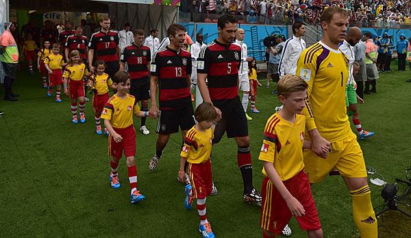 Manuel Neuer (r.) blieb gegen die USA zum zweiten Mal bei der WM