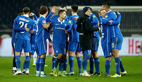 SV Darmstadt would like to win against VfB Stuttgart.