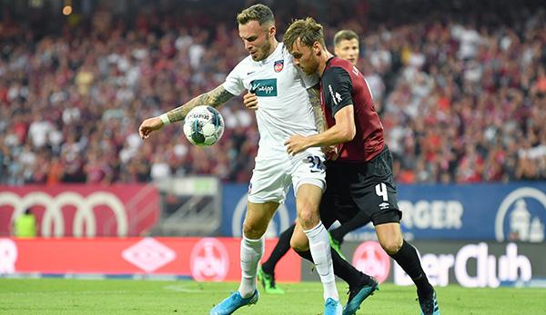 Im Hinspiel trennten sich der 1. FC Heidenheim und der 1. FC Nürnberg in einer hart umkämpften Partie am Ende mit 2:2.