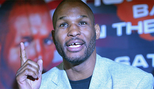 bernard hopkins roy jones. Login. Tritt nach 17 Jahren