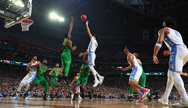 In den Final Four siegte North Carolina gegen Oregon