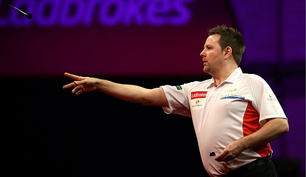 Marc Dudbridge warf in Barnsley einen Neun-Darter