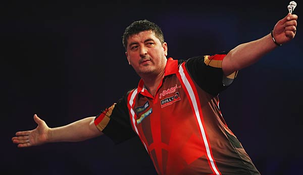 Mensur Suljovic steht im Viertelfinale des Grand Slam of Darts.