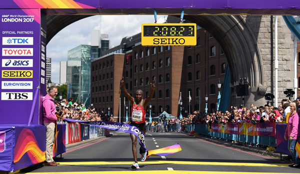Geoffrey Kirui hat in London Gold im Marathon gewonnen