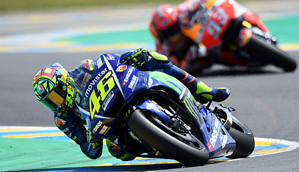 motogp valentino rossi bangt nach sturz um start bei. Black Bedroom Furniture Sets. Home Design Ideas