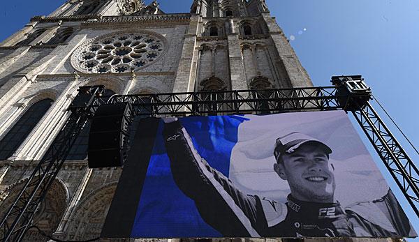 Formel 2: Emotionaler Abschied von Anthoine Hubert in Chartres