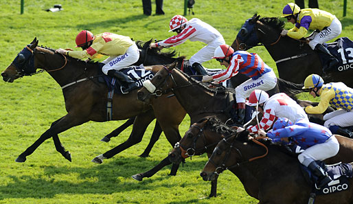Tom Eaves (l.) tritt in Haydock auf Tangerine Trees an